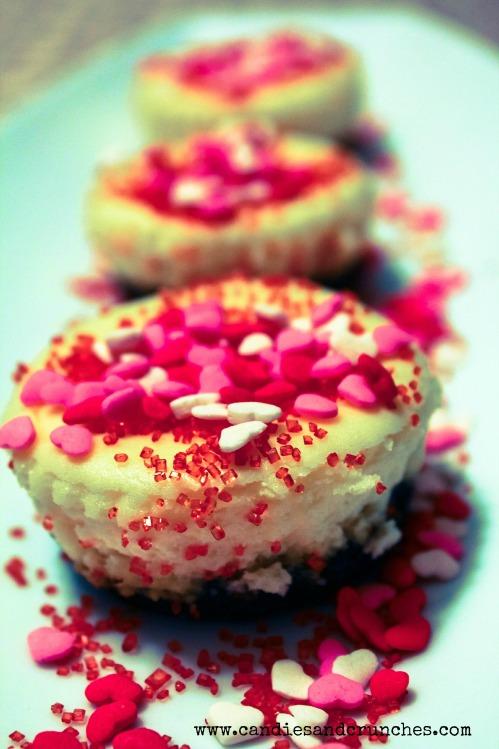 Mini Valentine's Cheesecakes 1